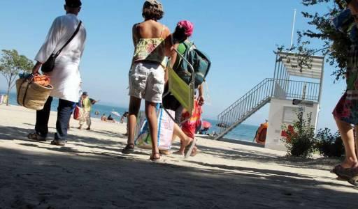 M.Torres, plage de la Romaniquette Istres