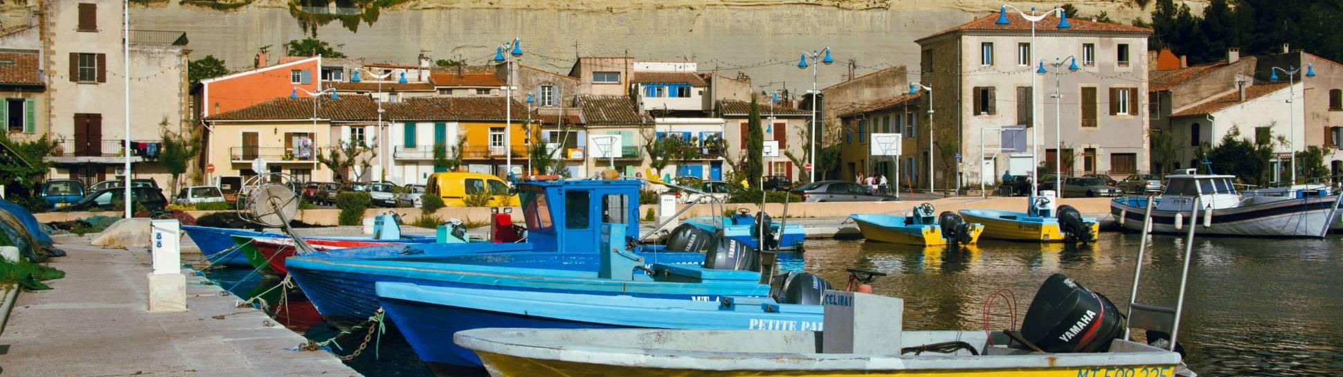 Port et habitations troglodytiques de Saint Chamas. P. Aguilar