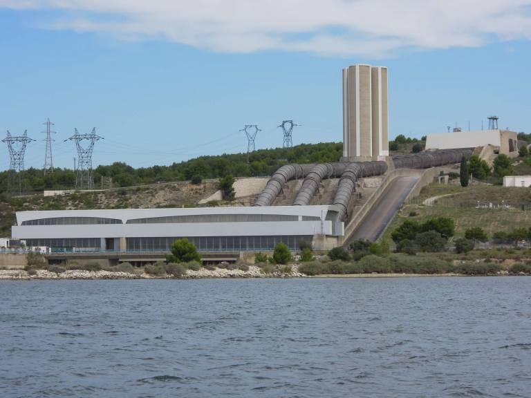 Vue Sur L'eau+la Centrale EDF 16